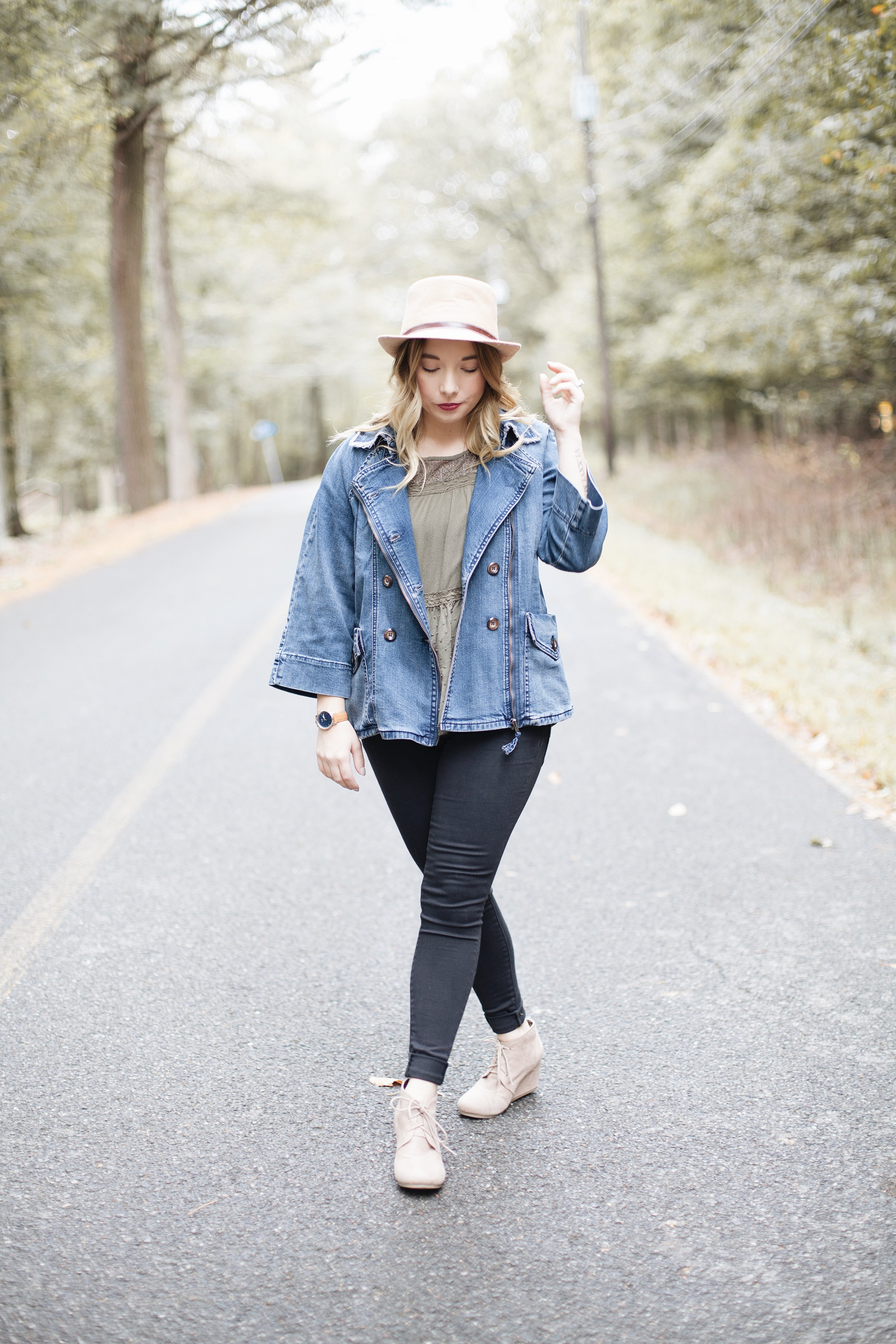 Oversized Jean Jacket Outfits