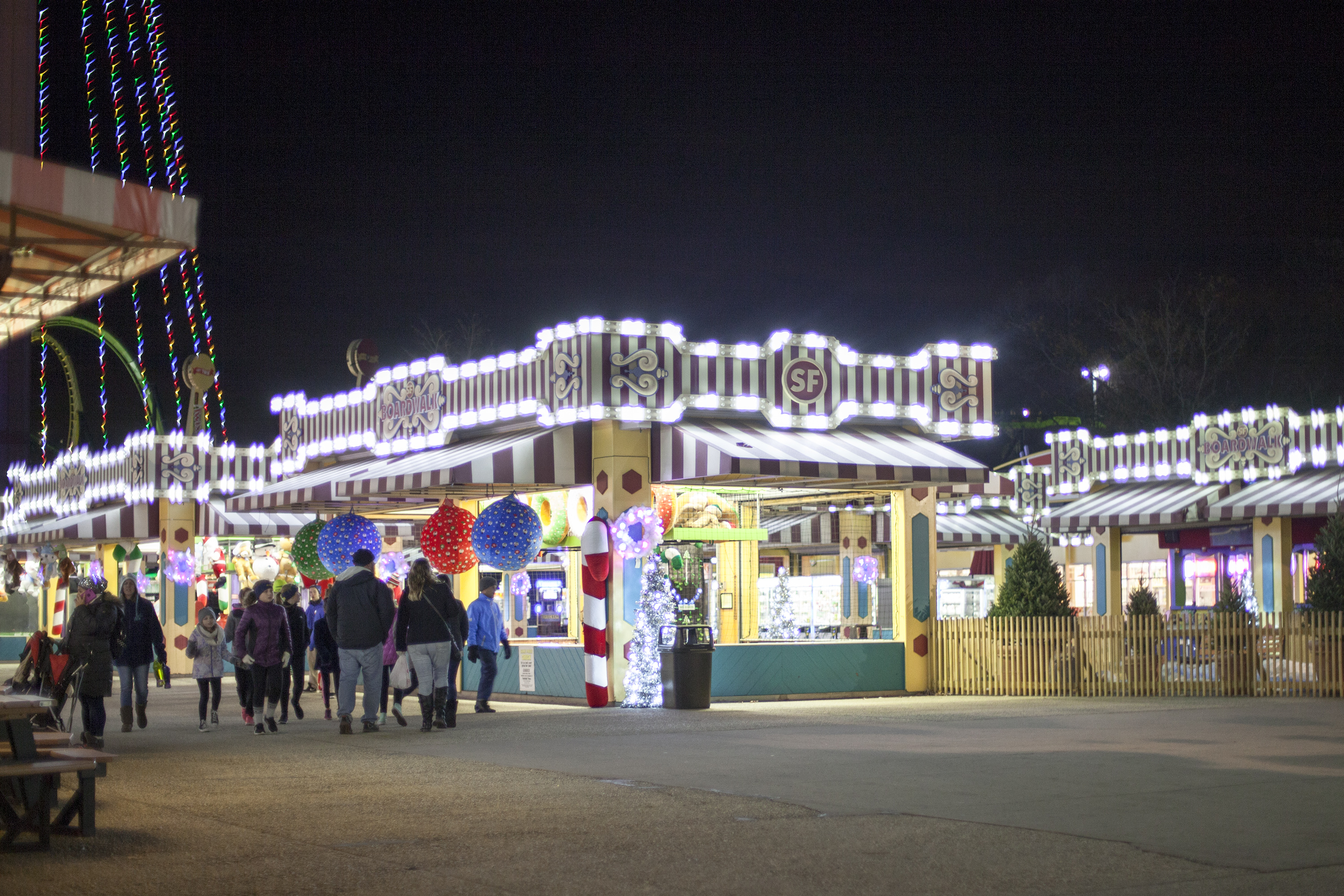 Holiday In The Park - Six Flags Great Adventure | Coffee With Summer