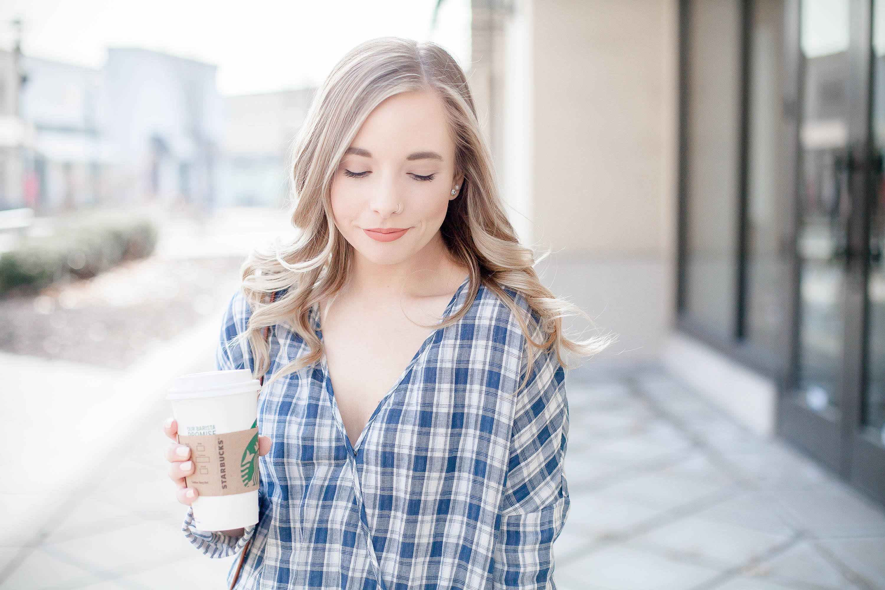 Casual Coffee Date Outfit | Coffee With Summer
