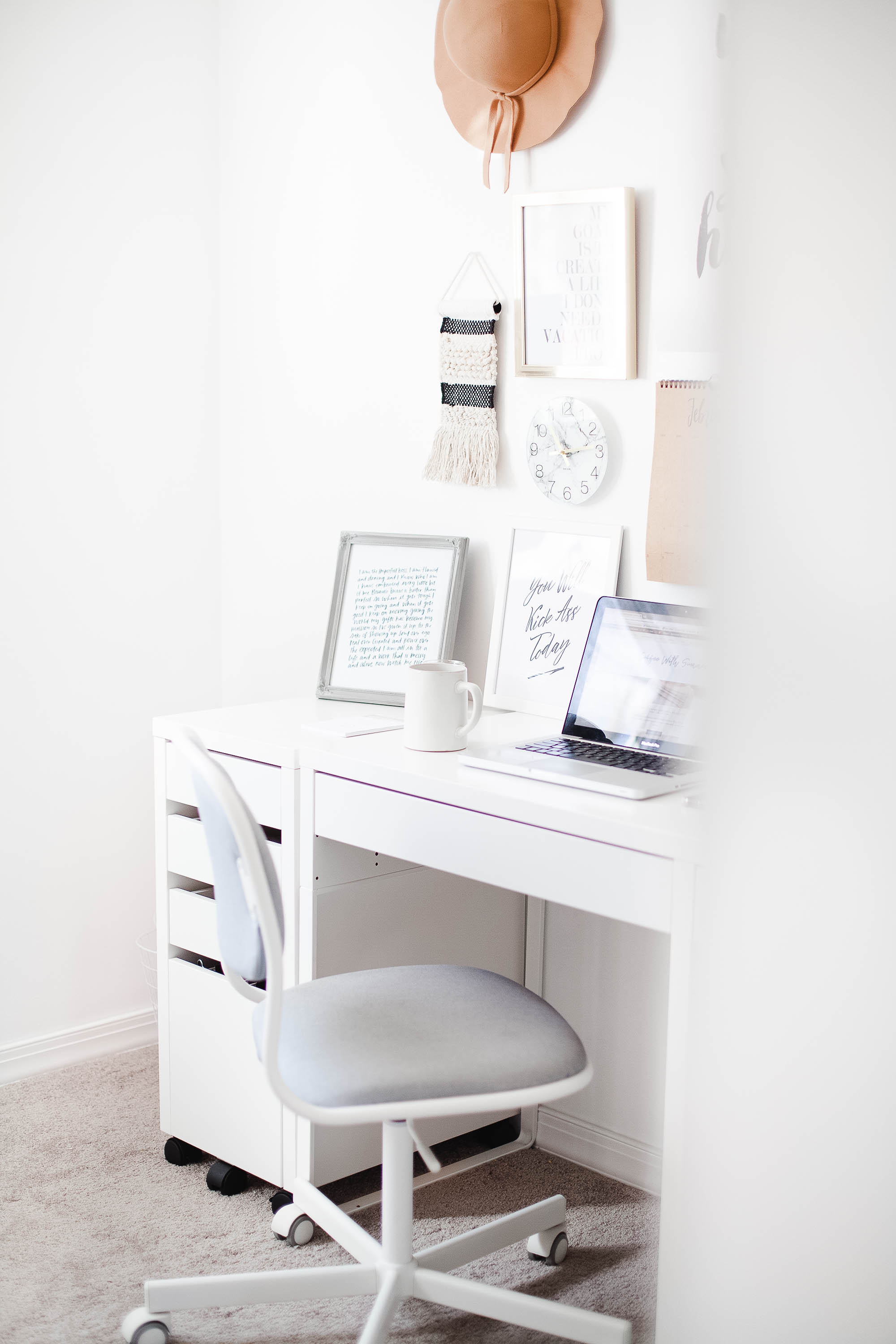 How To Create A Ive Desk Space Coffee With Summer