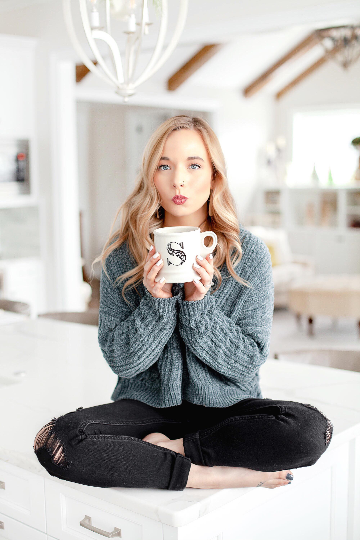 Cute Blogger Photos
